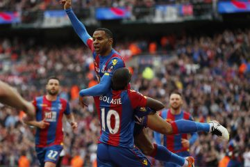 palace 1-2 united, puncheon